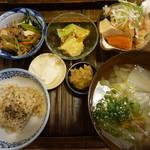 玄米食堂 ie - 2016.9 2回目定食 ご飯少な目