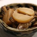 四国の食 わらやき三四郎 - あら煮(。≖ิ‿≖ิ)ニヤリ