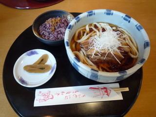 春夏秋冬 - 角煮めん・ごはん付(1,080円)