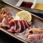 とりなべ マルニ - 【地鶏のお刺身】豊かな旨味と歯ごたえが絶品