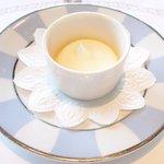 ツキ シュール ラメール - カジュアルランチ 1550円 のホイップクリーム