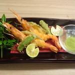 旬魚と個室居酒屋 嵐山  - 赤海老の天ぷら