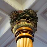 日光金谷ホテル - 柱頭彫刻