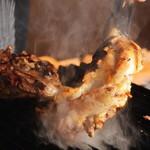 炭焼き&ワイン ドリフト - 宮崎産直  親鳥の骨付きモモ肉   当店でしか食べられない❗