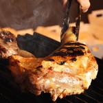炭焼き&ワイン ドリフト - 今夜のディナーは、鶏にする⁉