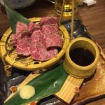 虎壱精肉店 -