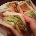 56356785 - トーストの野菜サイド