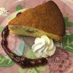 Taka - フランス地方菓子☆ ナイフでかっちりなケーキ☆美味しい