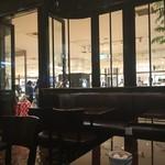 パパス カフェ - 店内