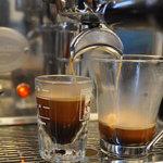 Tef Cafe - エスプレッソマシン