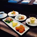 キズナカフェ - ◆一日12食限定!野菜たっぷりのキッシュセット◆
