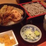 高田屋 - 野菜天丼とごま蕎麦のセット(税込850円)