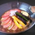 越後へぎそば処 粋や - 夏季限定 高糖度トマトを使用したオリジナルなトマトそばです。