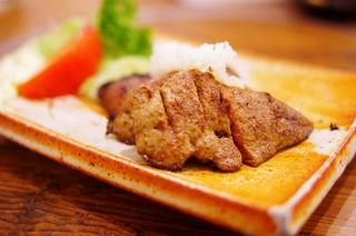丸金 - レバーステーキ