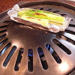 肉料理 荒川 - グリーンアスパラのホイル焼。