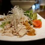 南琳華 - 細切り鶏肉の胡麻辛しソース