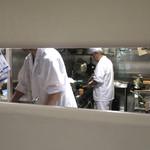 恵比寿 箸庵 - 次々に作られる一品料理