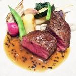 56377853 - 蝦夷鹿もも肉のポワレ、黒トリュフソース