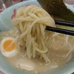 ラーメン山岡家 新すすきの店 - 麺は太い~もう少し細くして