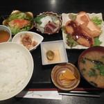 魚然 - 日替わり ささみチーズかつ ¥800-
