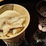 56386005 - 蟹と山芋の千切りと食前酒