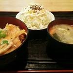 府内わっぱ食堂 - 平日ランチ カツ丼 \463+税