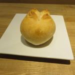 月下 - 自家製パン
