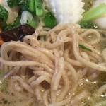 56387941 - 海鮮こしょう麺(塩味)に使われている「こしょう麺」(アップ)