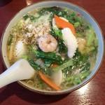 56387943 - 海鮮こしょう麺(塩味)