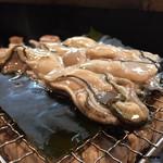 味勢 - 花見かきの松前焼(調理開始)