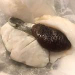 玄冶店 濱田家 - スズキの塩釜焼き、滴り落ちる脂とスズキの旨味