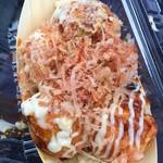 カマドのタコ - 料理写真:たこ焼き・ソースマヨ