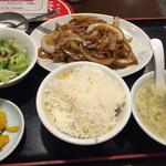 56399980 - 豚ロースの生姜焼き定食