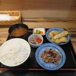 56400075 - 2種類の惣菜から選ぶ定食