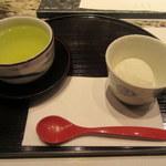 和食 浮橋 - 洋梨のソルベと煎茶
