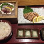 天眞屋 - 若鶏の塩麹焼きと刺身定食と十割蕎麦910円
