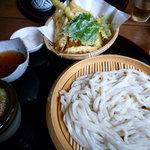 手打ちうどん 匠平 - 天ざる(¥750