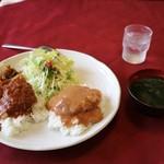 レストラン ナカタ - ハーフ&ハーフ(800円)