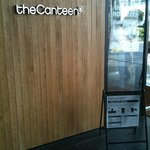the Canteen - 入り口