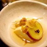 Maru - 本日のお通し。さつま芋とジャガイモとお豆腐