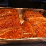支那そば まるこう - 鴨肉チャーシュー       (大型のパーシャル冷蔵で熟成しております)