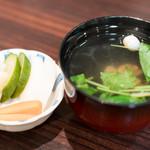 うなぎ 魚政 - 2016.9 肝吸い(215円)、香の物