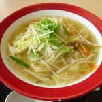 56421932 - たっぷり野菜のタンメン