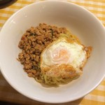 56424969 - 汁なしガパオ麺