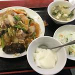天津飯店 - 五目あんかけ焼きそばランチ@800円