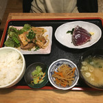 角打 - 日替わり「豚肉生姜焼定食」800円