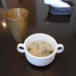 カトマンドゥカリーPUJA - お水とスープ(20160923)
