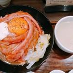 洋食 大野亭 - ローストビーフ丼定食   肉増し    別アングル