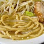 ラブメン楽々 - 麺