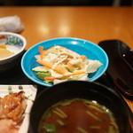 六行亭 - コーチンささみサラダ